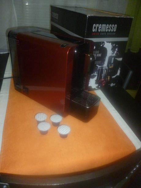 Luxusny kapsulovy kavovar,