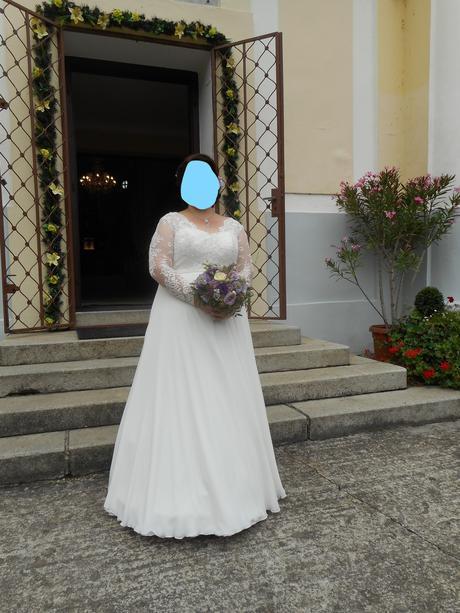 Nádherné svadobné šaty pre moletku, 48