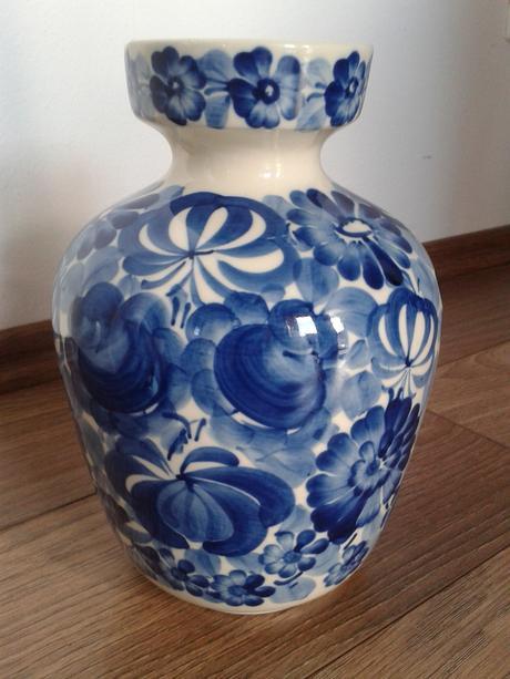 ručne malovaná váza,
