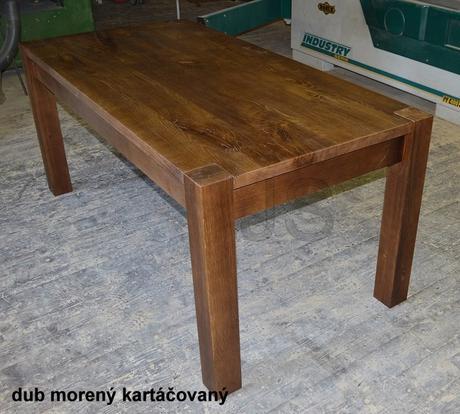 Jedálenský stôl z masívu,