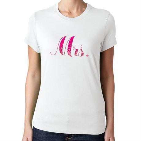 Mrs. - biele,