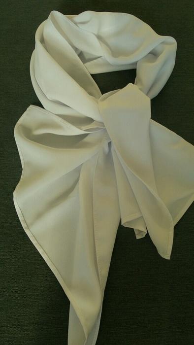 Bíĺá šála přes ramena na svatební šaty 9556b827c0