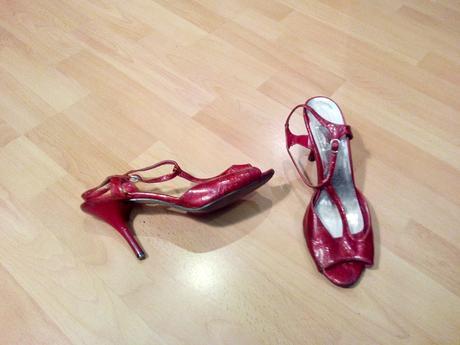 cervene sandale, 39
