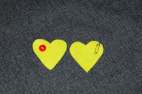 Vývazek srdce žlutý 20ks,