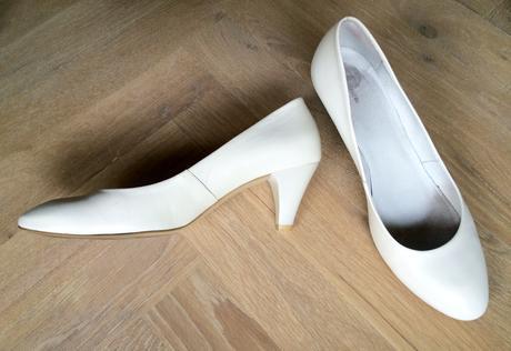 Bílé lodičky pro nevěstu na přezutí, 40