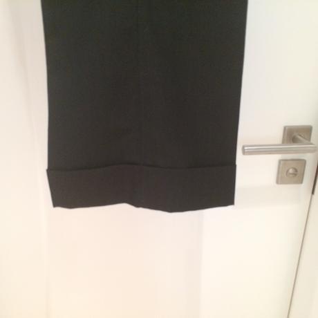 Čierny 3-dielny kostým s nenápadným vzorom, 40