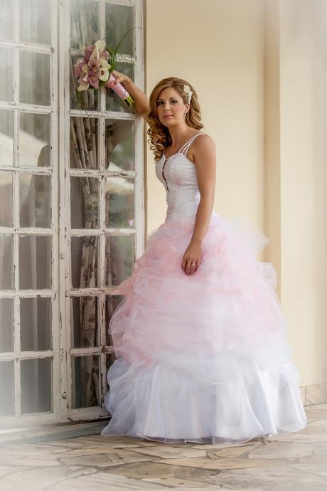 Svatební šaty vel. cca 36, šněrovací, 36
