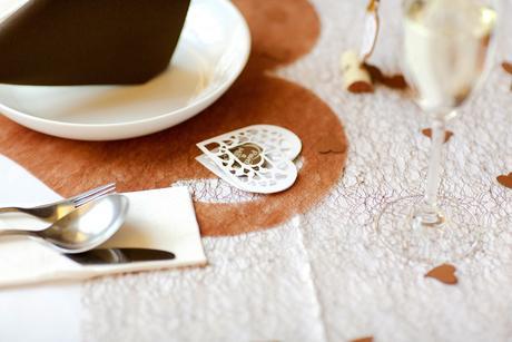 Svatební obal srdíčko na čokoládku,