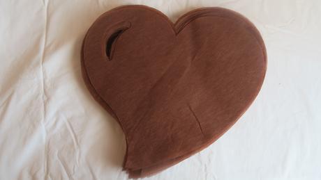 Svatební prostírání - vlizelín Hnědé srdce,