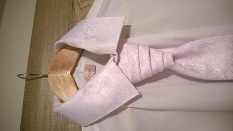 kravata a vreckovka- Adam a Eva (obchod), 42