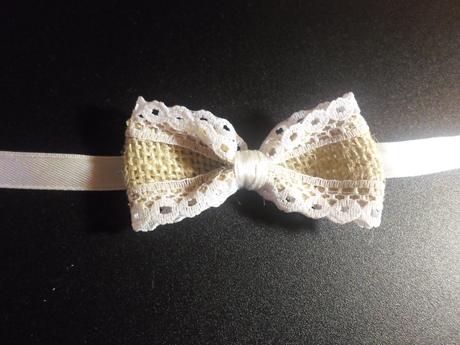 vintage svadobné pierka a náramky pre družičky,
