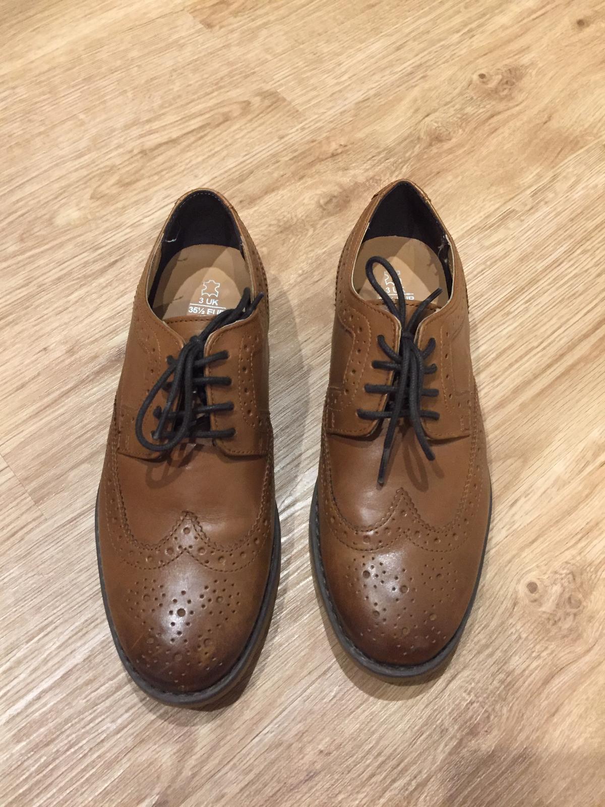 Dětské společenské boty hnědé  a432557a36