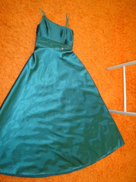 šaty na svadbu, L