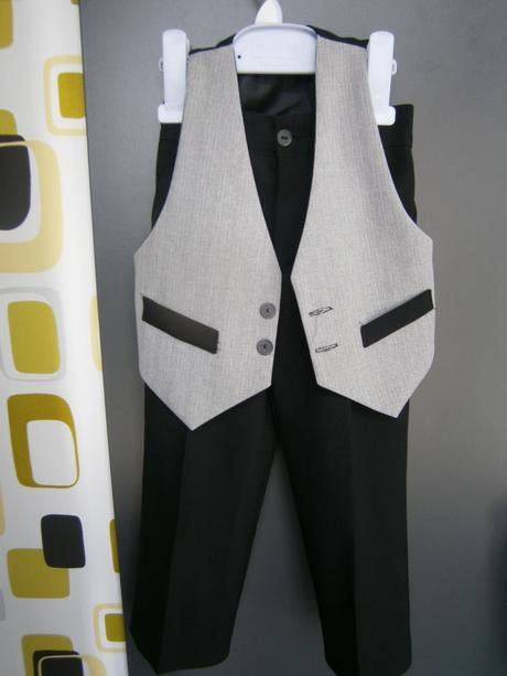 chlapcensky oblek, 98