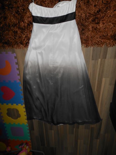 Spoločenské šaty na predaj, M