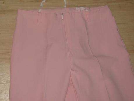 Bledoružové nohavice, 38