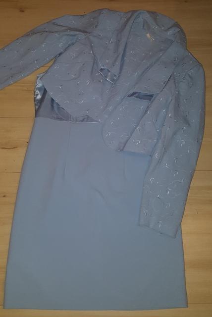 Bledučko modré šaty s bolerkom, 42