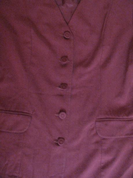 Bordové sako, 40