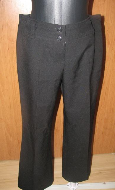 Čierne nohavice, 40