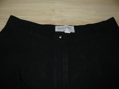 Čierne nohavice v. 44/46, 44