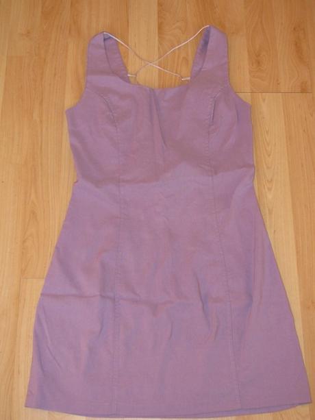Fialkové šaty - pozri chrbát, S