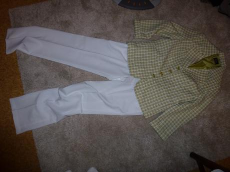 Nohavicový kostým nenosený, 40