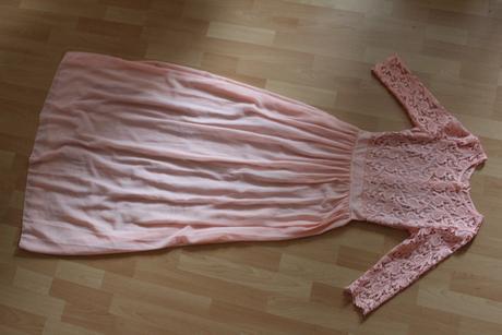 Dámske šaty, 36