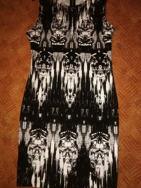 HM šaty společenské - vel. M/L, M