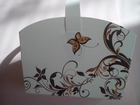 Svatební košíčky bílé s motýlkem,