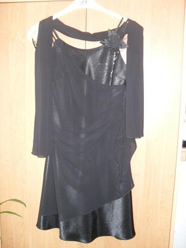 Spoločenské čierne šaty, 36