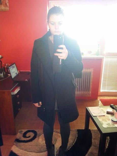 nenosený kabát M, 38