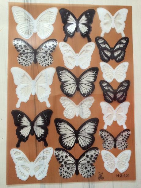 Motýlci 18Ks černá a bíla barva,