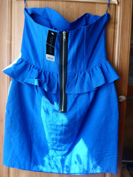 krátké šaty bez ramínek , 46