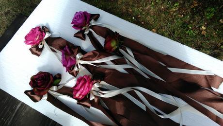 2 ks dekorací z umělých růží,