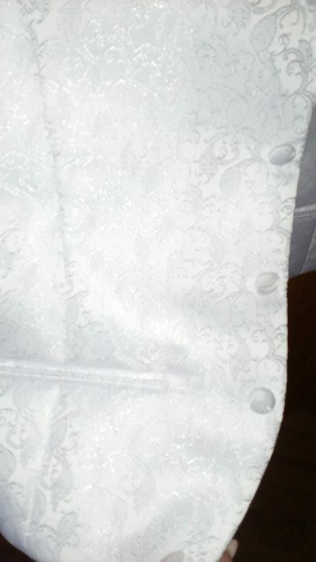 Vesta, viazanka a vreckovka , 46