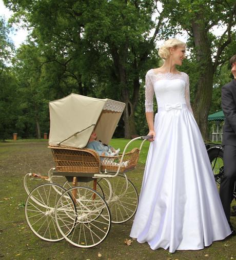 Prodej luxusních svatebních šatů, 36