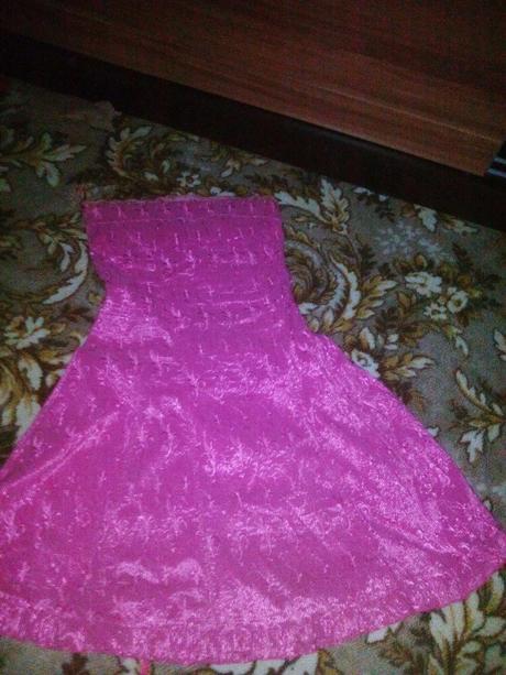 Dievčenské šaty, 40