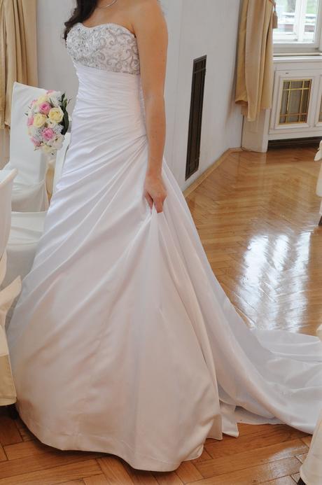 Elegantní svatební šaty - bílé vel. 38, 38
