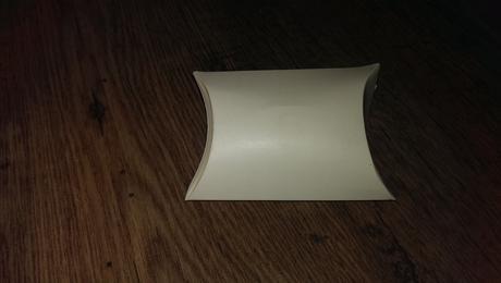 ivory krabicky na darceky pre hosti,