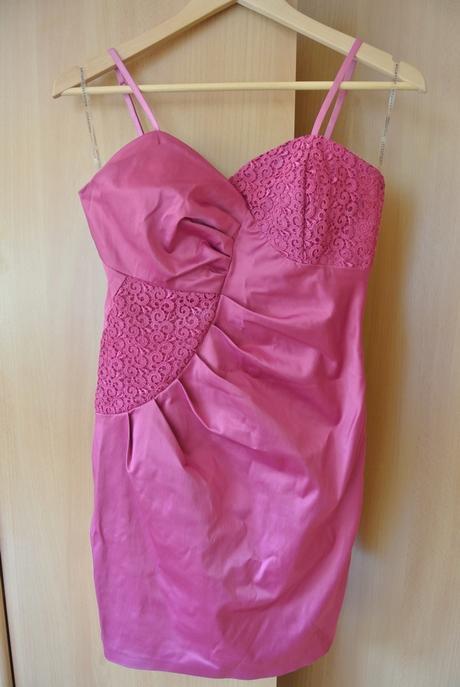 Cyklaménové družičkovské šaty, 36