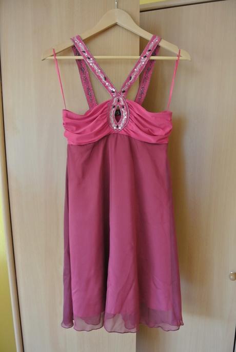Cyklaménové družičkovské šaty, 38