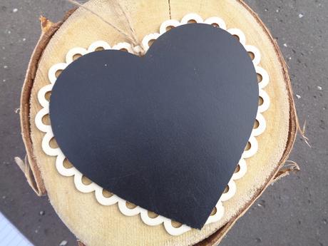 Křídová tabulka ve tvaru srdce,