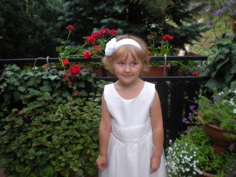 Dívčí šaty pro družičku, 134