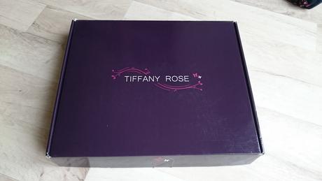 Těhotenské svatební šaty Tiffany Rose, 40