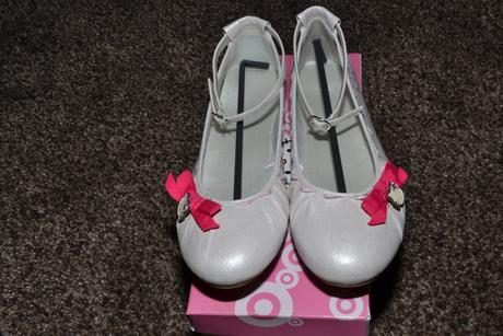 Bílé baleríny Hello Kitty, 40