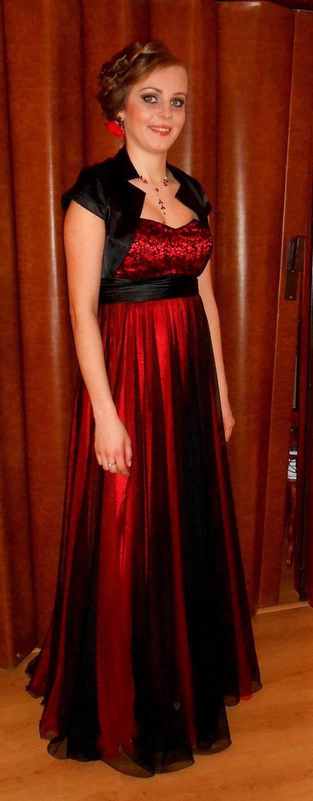 d8cd3529d1ac Červeno - čierne dlhé spoločenské šaty