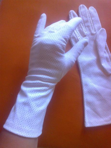 rukavice nepoužité,