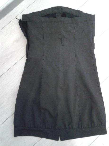 Mini šaty, 38