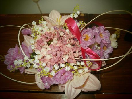 Světle růžová výzdoba na svatbu,