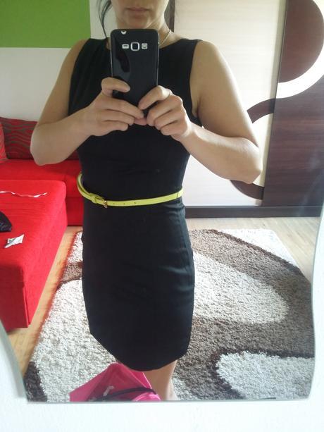 čierne puzdrove šaty, 36